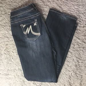 MAURICES BOOTCUT 7/8 SHORT